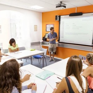 EC English School classroom