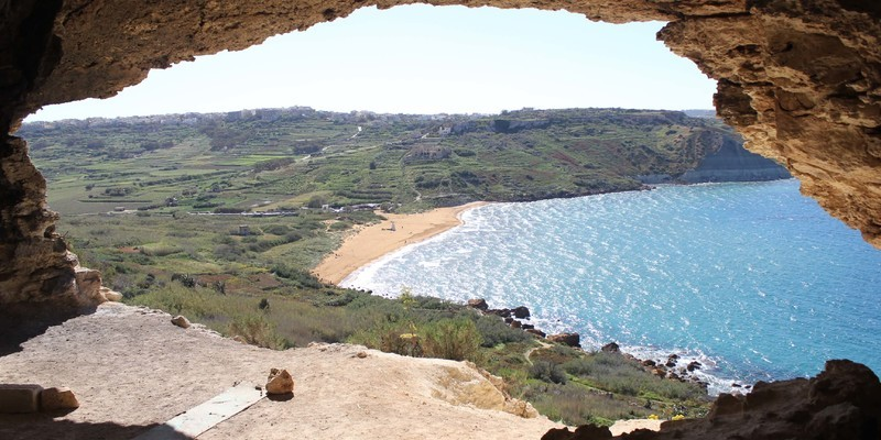 Mixta Cave